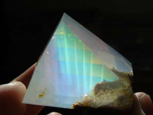 170 carat opal with Contra luz color plays. Origin: Opal Butte, Oregon. Contra Luz opals describe precious opals where the play of colors is only visible when held up to the light.: Gemstone, Crystals Minerals, Color Plays, Stones, Oregon Opal, Opals, Opa