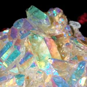 ANGEL AURA QUARTZ CRYSTAL (cluster) *an uplifting spiritual stone that invites angel guidance, deep peace during meditation, promotes joy, light & optimism. :Activate throat chakra Find ur personal purpose Channel higher knowledge Reach deeper meditat
