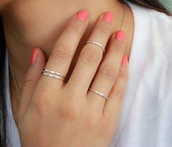 Annabella Pinterest ✌: Silver Knuckle, Fashion, Style, Pink Nails, Thin Rings, Band Rings, Knuckle Rings, Jewelry, Knuckle Band