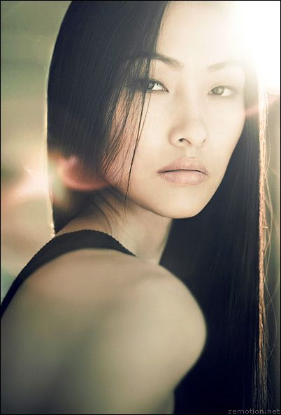 Another effective use of lens flare to draw attention to the face. - D. by Zhang Jingna: Face, Inspiration, Asian Beauty, Beautiful, Zhang Jingna, Glamour Photography, Portraits, Hair, Light