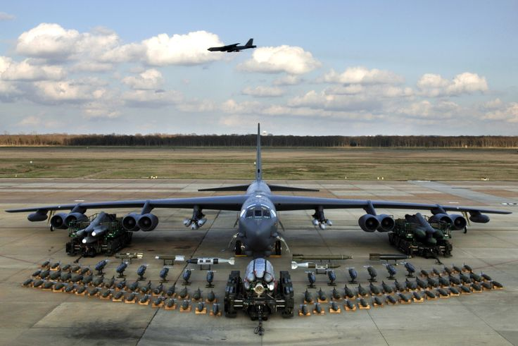 b-52 bomber pictures   Broken Arrow incidents: when U.S. B-52 bombers lost their nuclear ...: Military Aircraft, B52, Air Force, Airplane, Bomber, Planes, Photo, B 52 Stratofortress