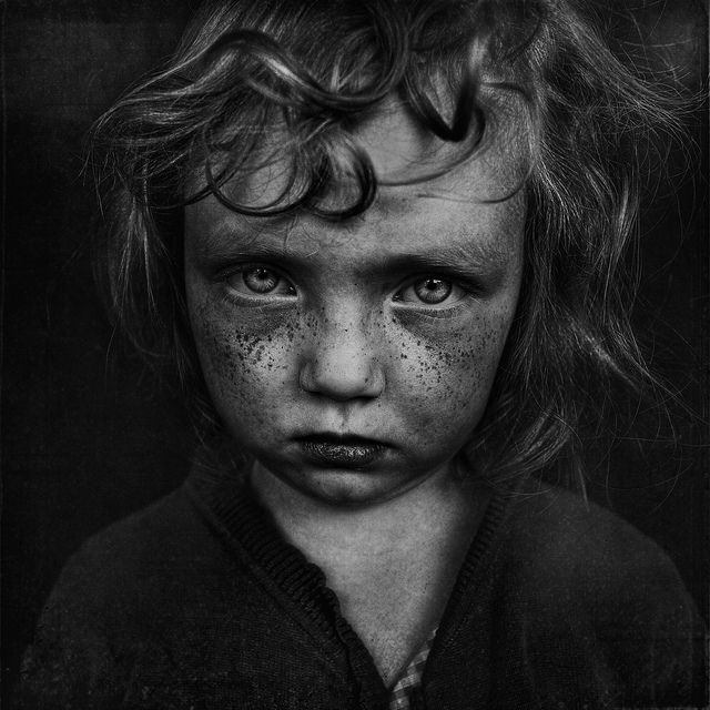 Can ugly be beautiful? Lee Jeffries, an amateur photographer proved it with his uncompromising photography. Lee started in 2008, photographing homeless people in powerful black and white giving a drama to his portraits.    (Words not by me).: Photos, Home