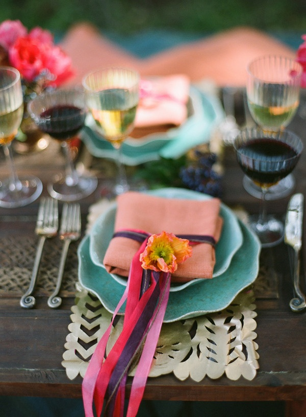 colorful table setting: Table Settings, Place Settings, Wedding Ideas, Color, Party, Tablescape