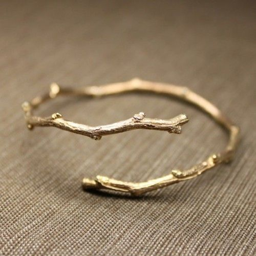 How to make your own twig bangle.: Style, Bracelets, Twig Ring, Rings, Jewelry, Branch Bracelet, Twig Bracelet, Branch Ring