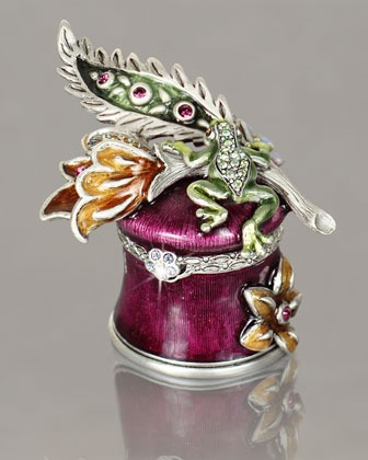 "Jay Strongwater ""Frog & Vine"" Box - Neiman Marcus: Trinket Boxes, Vines, Jay Strongwater, Frog Vine, Boxes Beautiful Boxes, Frogs, Vine Box, Boxes Music, Beutiful Boxes"