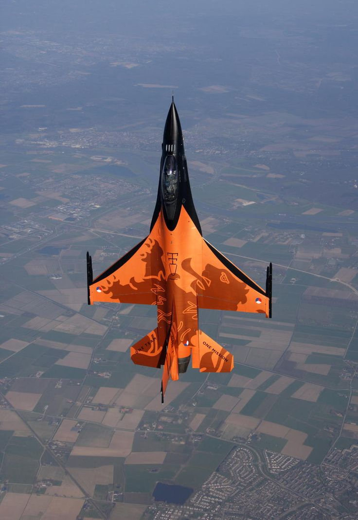 Our great website designers over in States found this image and asked if Astute Graphics had its own airforce. Short answer: yep! :): Dutch Fighter, F 16, Air Force, Aircraft, F16, Planes, Photo, Fighter Jets