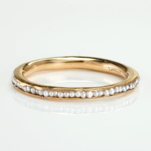 pearl ring...i could wear this every single day for the rest of my life.: Tiny Pearl, Jewel, Pearl Rings, Style, Pearls, Wedding Bands, Satomi Kawakita