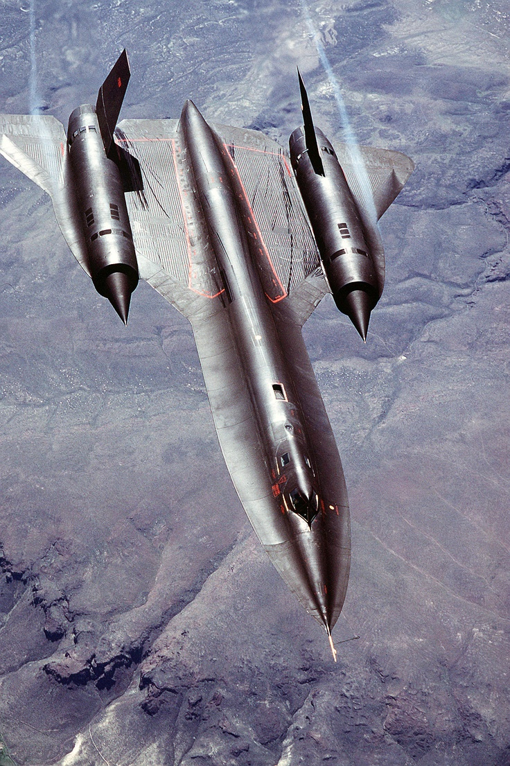 SR-71 Blackbird //Is there anything as stunning as the design-lines of this aircraft?-MFB: Military Aircraft, Aircraft Porn, Rc Airplanes, Sr 71 Blackbird, Sr71, Arx Tactical, Aircraft Mfb, Photo