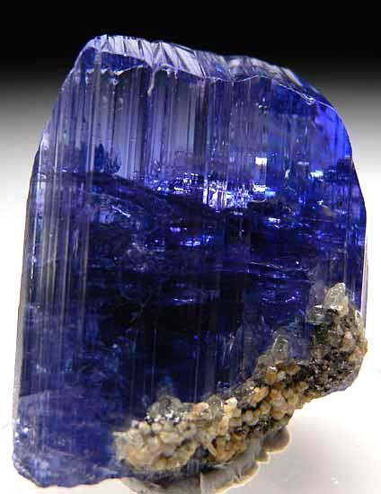 Tanzanite. Trichroic variety of ziosite. Appears bluish under fluorescent light and purplish under incandescent light. Found mostly in Mt. Kilimanjaro.: Gemstones, Precious Stones, Rocks Gems, Gem Stones, Rocks Minerals, Uncut Gem, Gems Crystals, Uncut Ta
