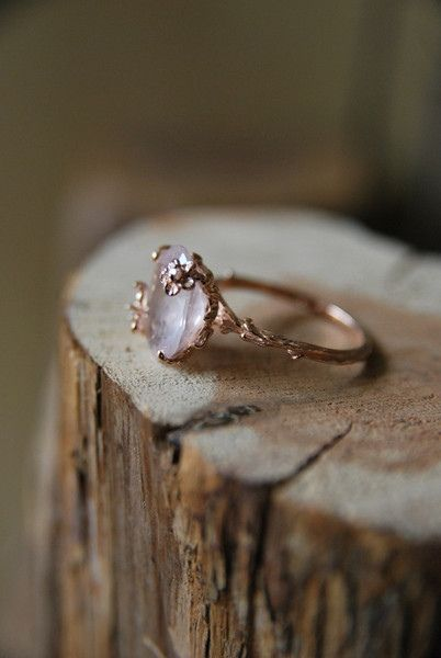 Vintage Rose Quartz Ring | Old Hollywood: Vintage Ring, Style, Rose Quartz Ring, Wedding, Rings, Engagement Ring, Vintage Roses, Ancillary