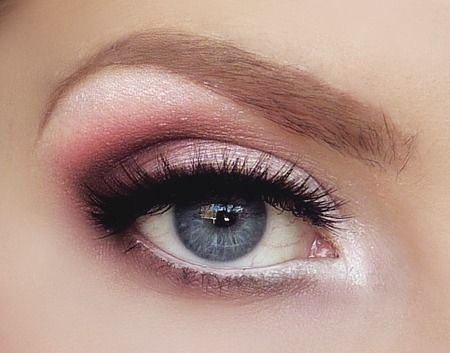 Blush smokey eye.: Pink Eye, Make Up, Eye Makeup, Eyeshadow, Beauty, Eyemakeup, Smokey Eye, Makeup Idea