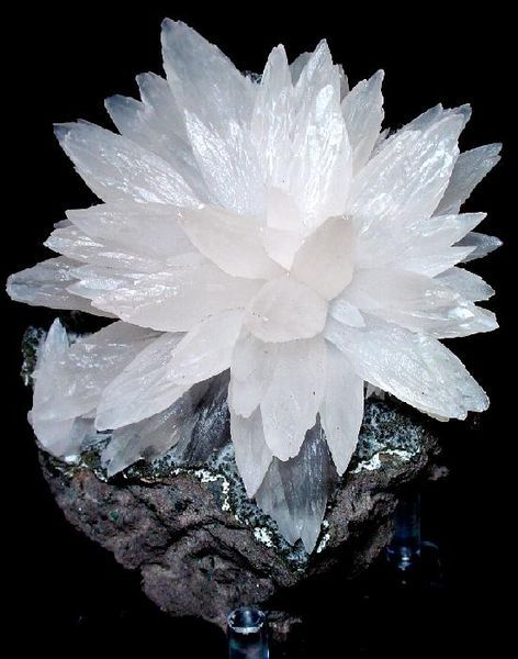 Calcite: Beautiful Flower, Gemstones, Precious Stones, Crystal, Gem Stones, Rocks Minerals, Calcite Flower, Lotus Flower