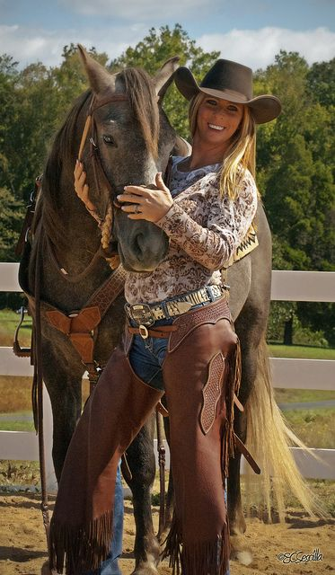 ❤ Cowgirl www.thebionicstore.com: Cowgirls, Horses, Country Girls, Hot Cowgirl, Beautiful Horse, Cowboy Girl, Photo