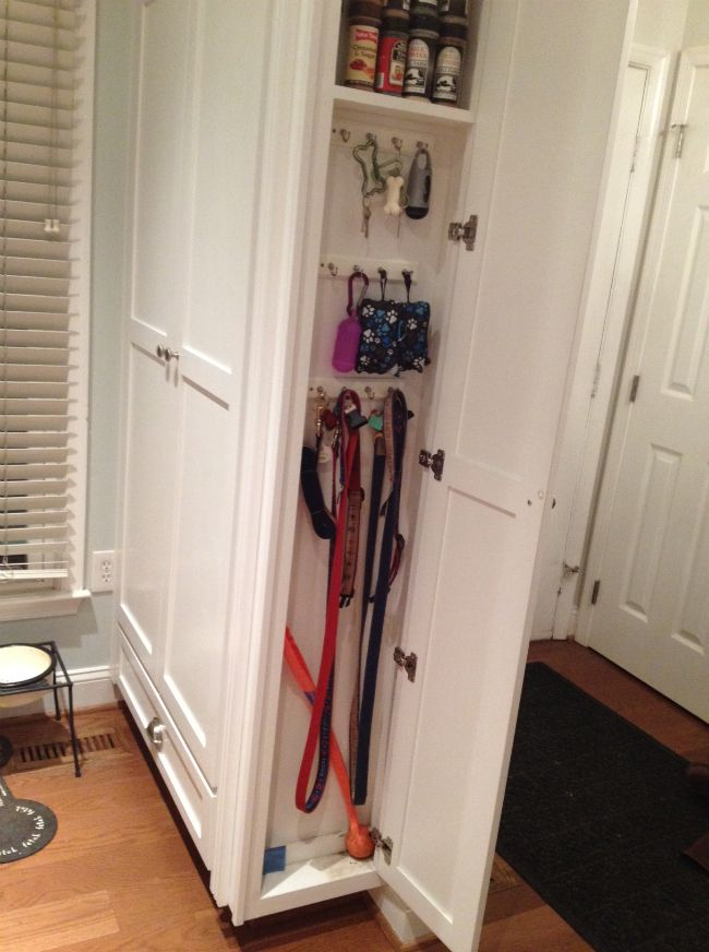 GREAT idea for the end of a divider - to hold dog leashes, treats and other small doggie items.: Dog Idea, Dog Room Idea, Pet Idea, Dog Home Idea