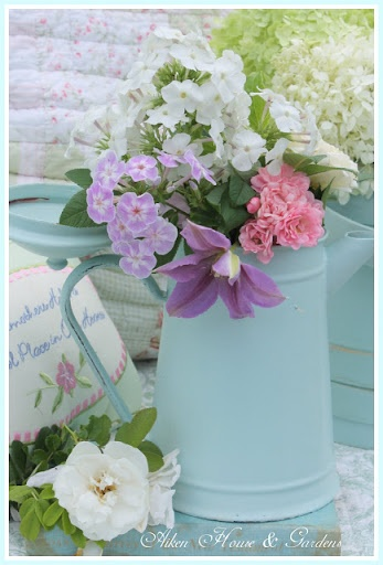 Just goes to show, elegance can come from an old coffee pot and a pretty bouquet of garden flowers.  We don't need a florist for this!: Ideas, Pastel, Color, Aiken House, Flower Arrangements, Beautiful Flowers, House Gardens, Things, Light