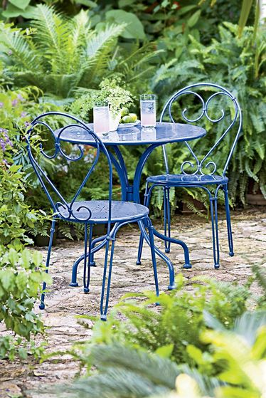 Love this bright blue bistro set for the outdoor patio.: Bistro Set, Outdoor Living, Color, Bistros, Gardens, Patio, Backyard
