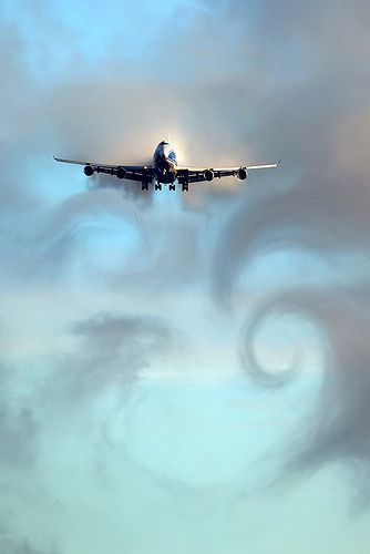 Another 747 (love them) but I really just like the whole scene on this one... ❤: Photos, Sky, Cloud, Aviones Airplanes, Planes Aircraft Airports, Air Planes, Huge Thing