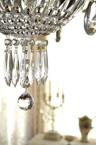 ZsaZsa Bellagio – Like No Other: House Beautiful: Decor, Crystals, Crystal Chandeliers, Zsa Zsa Bellagio, Chandelier Obsession, Things, Sparkle, Light, Luster