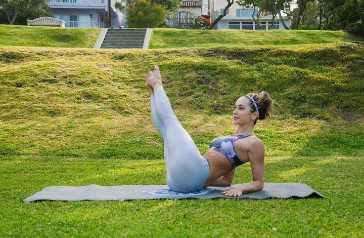 A 20-Minute Ab Workout For A Super Strong Core: Body Workouts, Leg, Abs Workout, Core Workouts, Quick Workouts, 20 Minute, Ab Workouts, Workout Choices, Workout Women