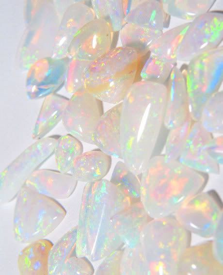 Opals are a great way to add iridescence to your look. Play with the idea as I can see this becoming a big trend...x: Pastel, Amazing Opals, Color, Moonstone, Wallpaper, Gemstones Opal, Agelic Opals