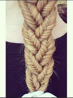 Simple 3 fishtail braids braided into a normal braid. I used to do this to my dolls when I was a kid.: Hairstyles, Three Fishtails, Hair Styles, Fishtailbraid, Fishtails Braided, Fishtail Braids, Braids Braided