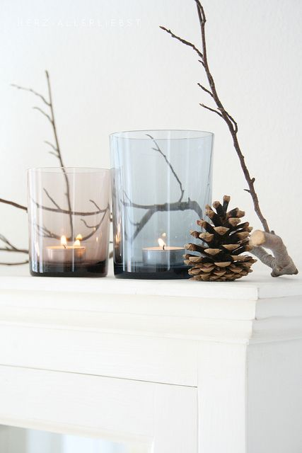 Winter at home//: Holiday, Winter Decoration, Decor Ideas, Candlelight, Xmas, Candles, Pine Cones, Christmas, Home Decor