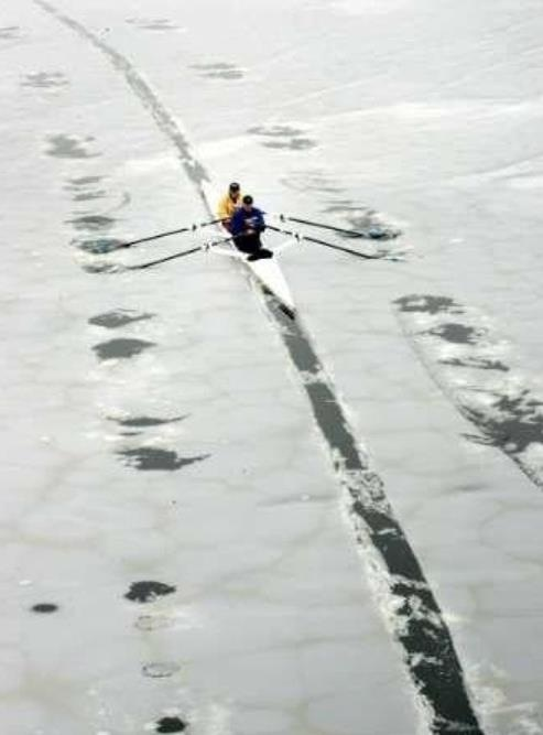 Canadian rowing doubles I kinda want to do this :P: Canadian Rowing, Winter Rowing, Crew Rowing, Rowing Doubles, Ice Rowing, Rowing Stuff, Boatsboatsboatsboats Crew