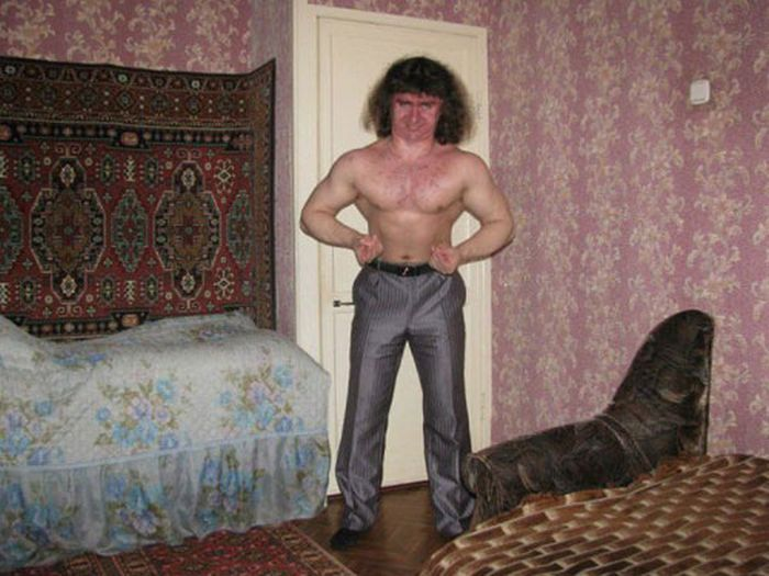 Failed Attempts At Sexy Photos (22 pics) - Seriously, For Real?  What the hell I am confused at the furniture and the rug on the wall.... and the guy is pretty scary... lol: Photos, Russian Hulk, Funny Stuff, Pictures, Russiandating, Funnies, Russian Dati