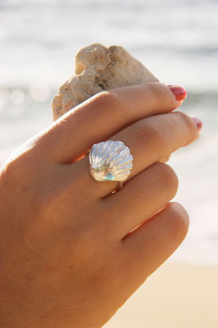 Sterling Silver Seashell Ring.  Looking for just a simple and easy signature ring....this might be it.: Sea Shells, Silver Seashell, Jewelry, Rings, Seashells, Beach, Shellring, Seashell Ring, Mermaid