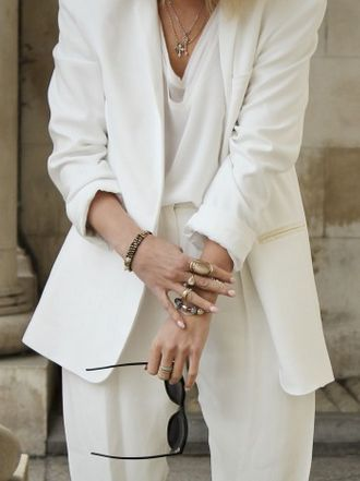 White Suit | Style.: Fashion, All White, White Blazers, Details, Chic, Style, Black White, White Suits, Classic