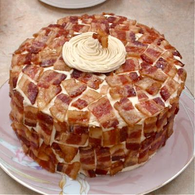 Candied Bacon Cake!!  maple brown sugar cake with vanilla maple frosting and candied bacon: Baconcake, Maple Brown, Vanilla Maple, Food, Maple Frosting, Bacon Cake, Brown Sugar Cakes, Birthday Cake