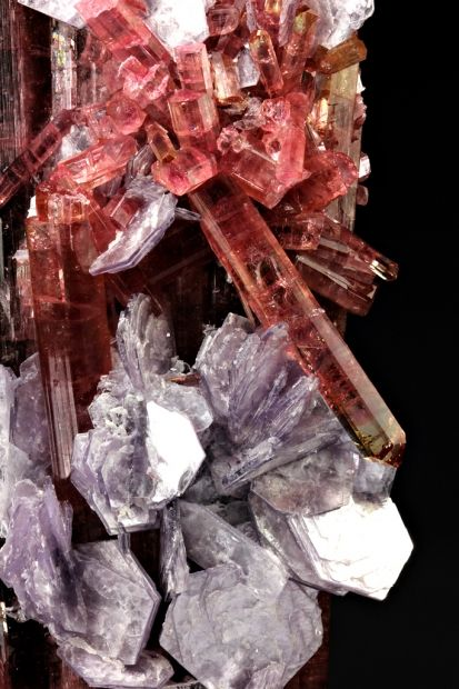 Elbaite is connected with the water element and the heart chakra.  Pink tourmaline helps old wounds to heal gently bringing those wounds to the   surface so they can be dealt with and then transmuted into something positive.: Gemstones Minerals, Gem Stone