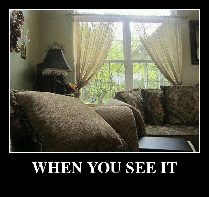Took me a while and I jumped but......FOUND IT: Scary, Face, Creepy, Pictures, Funny Stuff, Things