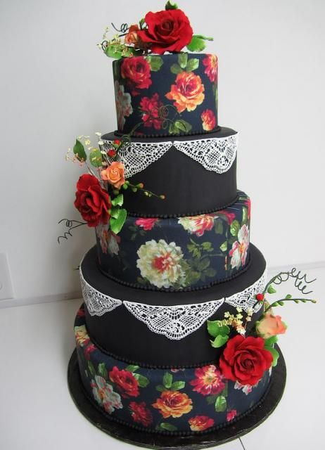 black wedding cake | Five tier black round wedding cake with red roses: Idea, Sweet, Cakes With Red Roses, Weddings, Lace Cake, Amazing Cake, Red Rose Wedding, Rose Wedding Cakes