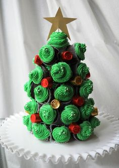 Cupcake Christmas Tree!!: Holiday, Mini Christmas Cupcake, Food, Cupcake Christmas, Christmas Trees, Christmas Tree Cupcake, Christmas Cupcakes