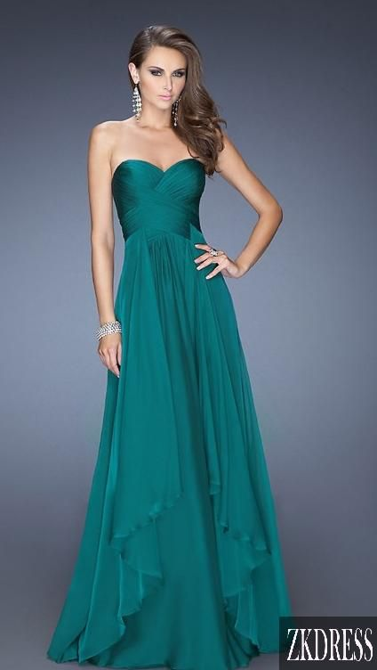 Live the color and simplicity! It would be great with some classy jewelry!: Dress Prom, Style, Clothes, Queen, Color, Bridesmaid Dresses, Prom Dresses