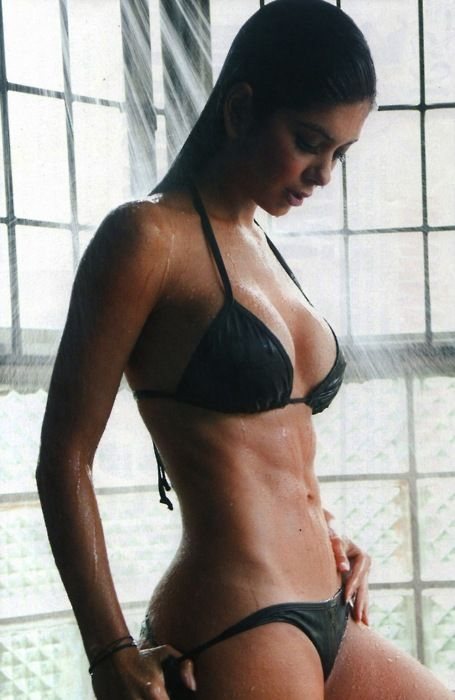 Give me this body! At least her abs! Holy....: Body, Girls, Marian Davalos, Sexy, Fitness, Beautiful, Motivation, Hot