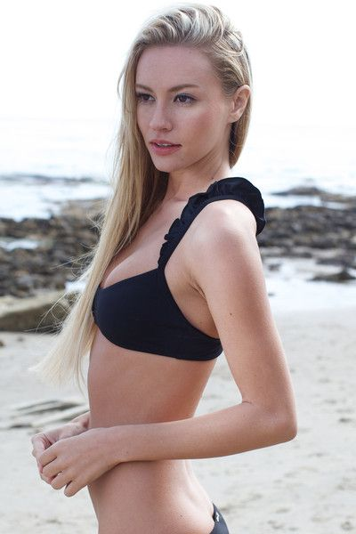 The Girl and The Water - Boys & Arrows - Wilma Bikini Top / Onyx - $88: Boys Amp, Girls, Bathing Suits, Endless Summer, Bikini Tops, Wilma Bikini, Onyx, Wilma Top