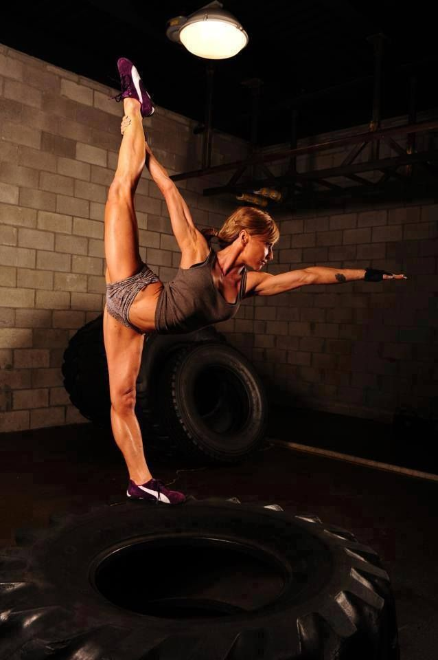 This photo is just awesome! I love this pose and am working to get this flexible in dancer. Friggin cool!: Girls Fitness, Fitness Inspiration, Fitness Motivation, Health, Fitness Girls, Photo, Yoga, Flexibility
