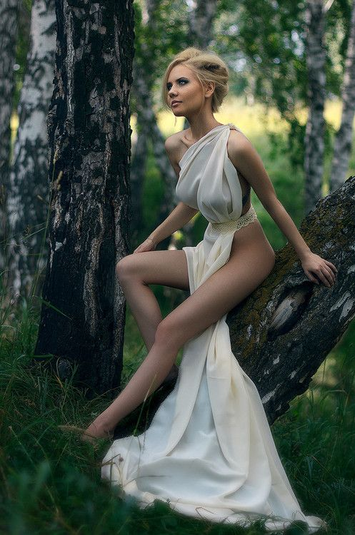 imacrossdresser:  imickeyd:  by Ilya Kolenkov  That Dress: Girls, Ideas, Blonde, Beautiful Women, Art, Beauty, Photography