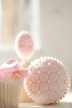"Cupcake with ""quilted"" fondant and pearls. Such a nice pink.: Cup Cakes, Pink Cupcake, Sweet, Cupcakes, Wedding, Pretty Cupcake, Baby Shower, Dessert"