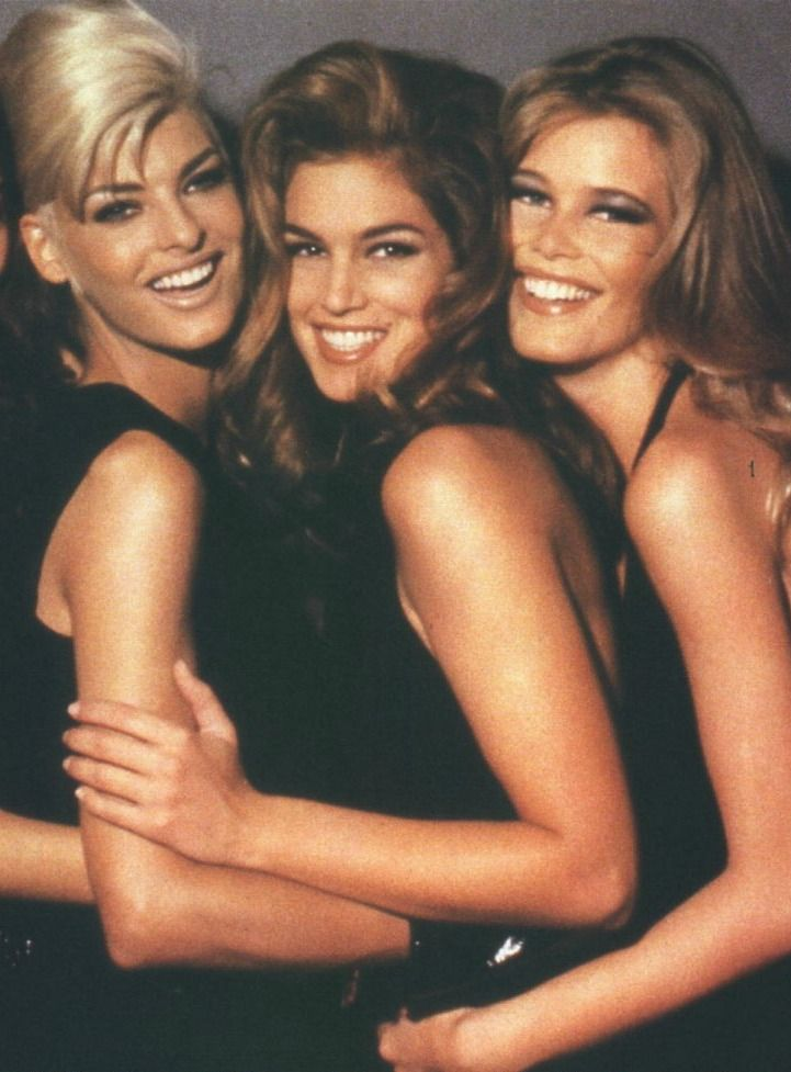 '90s Supermodels. Linda Evangelista Cindy Crawford Claudia Schiffer when models were models and actors were actors!!!!: 90 S, Claudia Schiffer, Super Models, Cindy Crawford, 90S, Linda Evangelista, Top Models, Supermodels