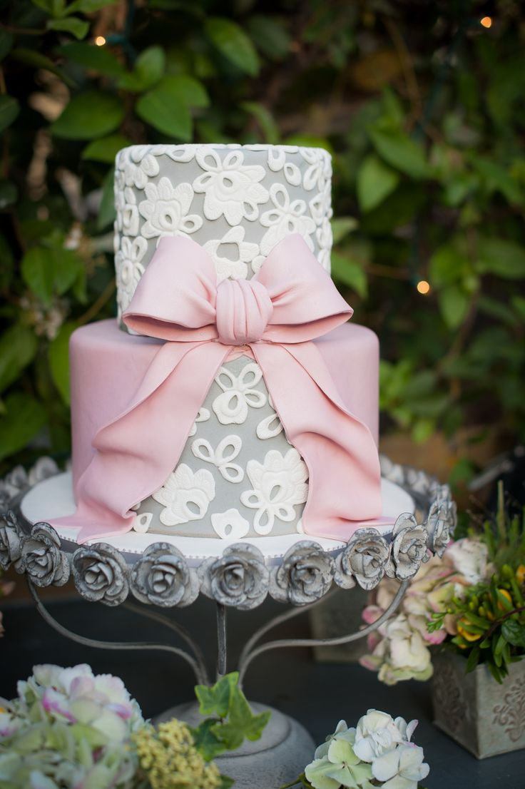 Downton Abbey Wedding Inspiration at The French Estate    Read more - http://www.stylemepretty.com/california-weddings/orange-county/2014/01/23/downton-abbey-wedding-inspiration-at-the-french-estate/: Pink And Grey Cake, Pretty Cake, Lace Cake, Pink And G