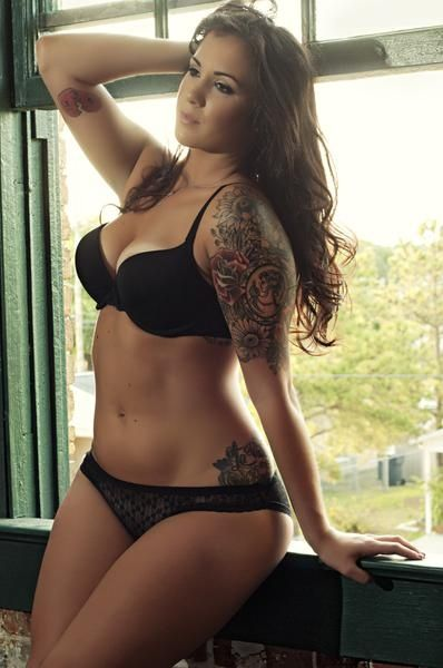 Realistic Goal Body.  We need more images like this! Some girls are meant to be curvy :): Body, Girls, Sexy, Tattoos, Beautiful, Half Sleeve, Beauty, Curves, Ink