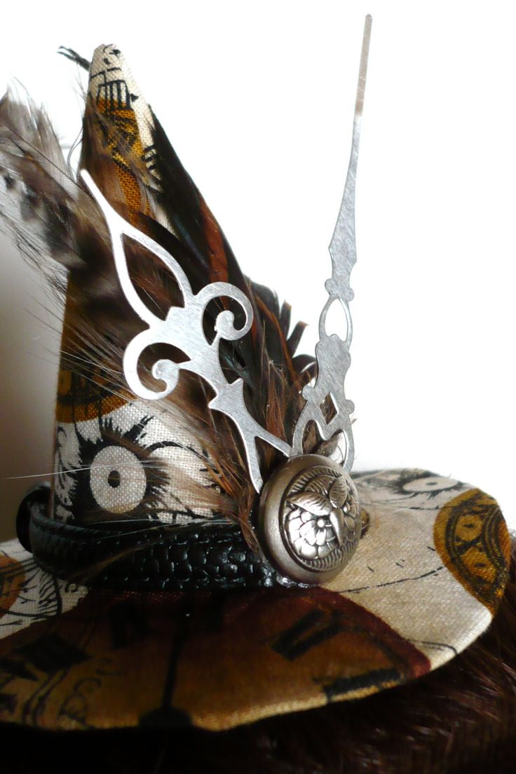 steampunk fashion - Steampunk Halloween?! - (A steampunk witch would be a cool costume!): Witch Hats, Halloween Witch, Steampunk Witches, Halloween Steampunk, Steam Punk, Steampunk Ideas, Steampunk Hats, Steampunk Halloween Costumes, Steampunk Clothing