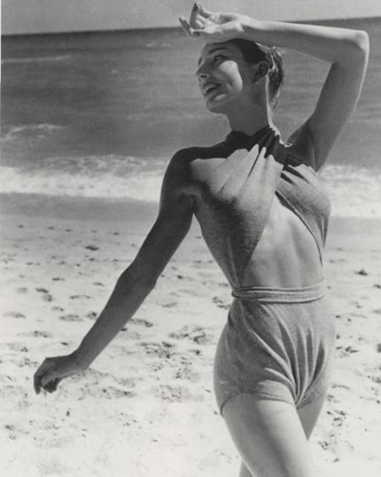 1940s Claire McCardell...  pretty risque and fashion forward!: Claire Mccardell 1940S, Fashion 1940S, Bathing Suits, Vintage Swimwear, Fashion Photography, Mccardell Swimsuits, Dossier Beachwear, 1940S Claire, Classic Vintage 3