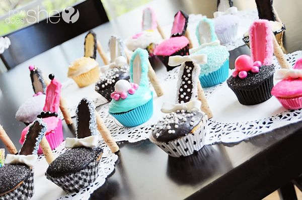 DIY High Heel Cupcakes! Via How Does She .com: High Heel Cupcakes, Cupcake Heels, Idea, Cupcake Shoes, Cupcake High Heels, Food, Heels Cupcakes, Shoe Cupcakes, Shoes Cupcakes