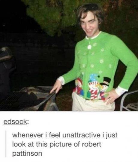 Hahahahaha!  I do like Robert Pattinson, however I don't find him attractive, but wow, this picture is just wow!: Picture, Robertpattinson, Giggle, Robert Pattinson, Feel Unattractive, Funny Stuff, Things