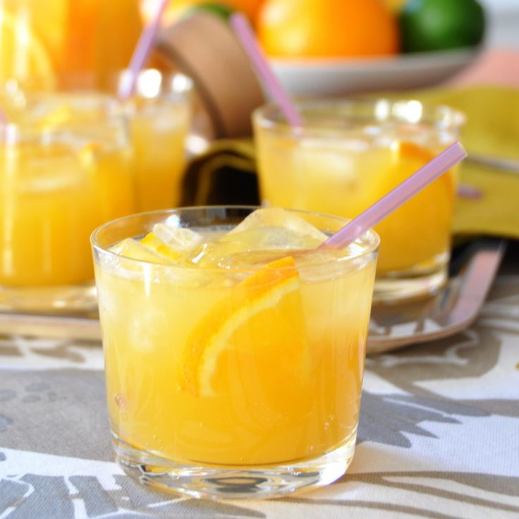 Sunshine Dazzler - 1 part vodka  1 part fresh OJ, 1 part fresh mango juice, 2 parts dry champagne, lots of ice,  orange slices --  Mix ingredients in a pitcher adding champagne last & give a quick stir. Immediately serve over ice.     (I may have to d