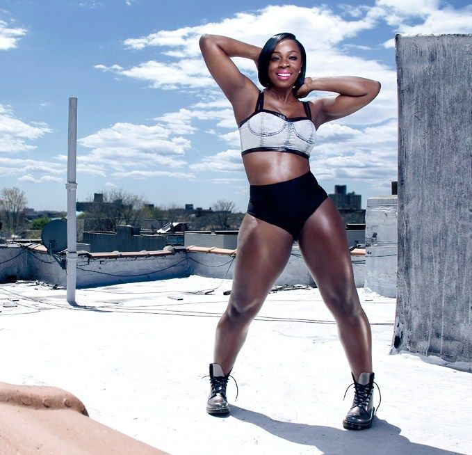 Anowa Adjah looking healthy and fit. Exclusive Interview: Anowa Adjah Talks Being Confident, Curvy and Fit, and the Future of Fitness.: Anowa Adjah Inspiration, Bodyacceptance Curvyandfit, 2015 Vision, Curvyandfit Re Pinned, Anowa Adjah Workout, Fit Inspi